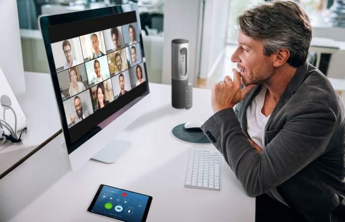 Videollamadas de trabajo: 10 consejos para saber qué hacer y qué no