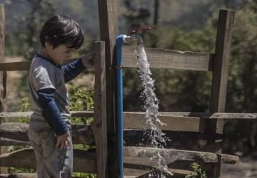 Vivir ahora con acceso al agua potable: imágenes de La Araucanía